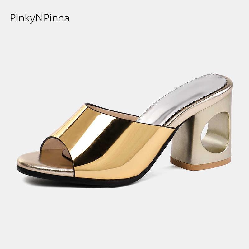2019 חדש מעצב כפכפים נקבה גבוהה שמנמן fretwork עקבים שקופיות פיפ הבוהן להחליק על פרדות גדול גודל 48 רומא נעליים יומיומיות אישה