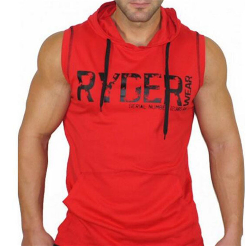 In the summer of 2018, the new mans body-building sleeveless vest, cotton hat vest, mens gold sweater, and hoodie.