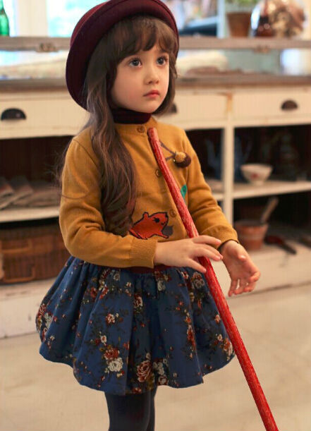 Spring Autumn Style Squirrel Girls Knitted Wear  Children Knitted Cardigans  Kids Outerwear Yellow Red
