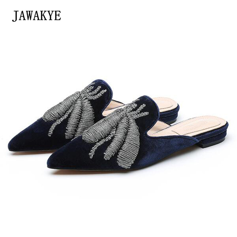 New Arrival Embroidered Spider Velvet Slipper Women Pointed Toe Flat Muller Shoes Woman Slipper Sandals