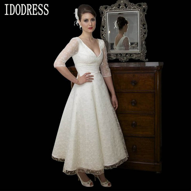 V Neck Lace Long Sleeves Simple White Short Wedding Dress 2016 Plus Size Bride
