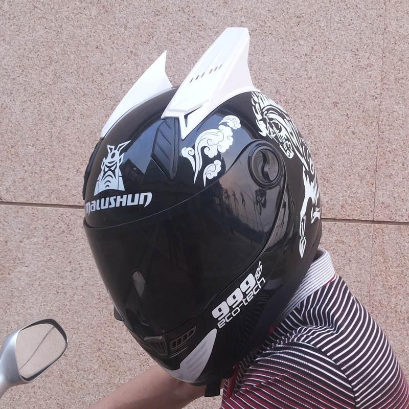 Motorcycle helmet with horn special design four season full face automobile race helmet with ears Casco motocicleta