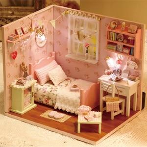 Image 2 - Домашний декор «сделай сам», деревянный дом Miniatura Craft с мебелью, аксессуары для украшения дома, фигурки, миниатюрный мини подарок для сада H