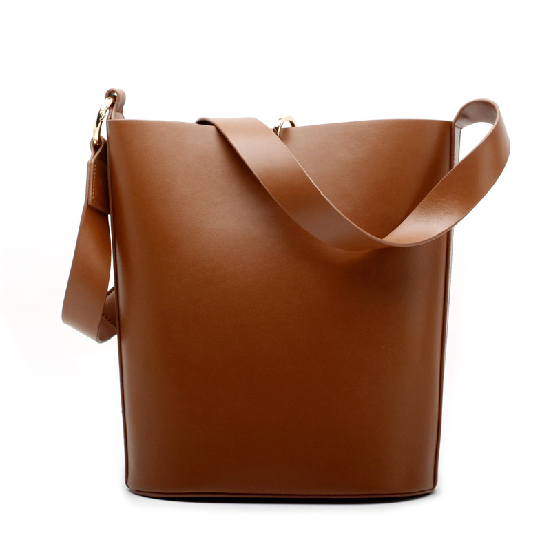 New 2018 Ring Hasp Large Crossbody Bags For Women Bucket Leather Bag Luxury Handbags Women Bags Designer Shoulder Messenger Bags fashion leather handbags luxury head layer cowhide leather handbags women shoulder messenger bags bucket bag lady new style