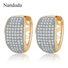 Nandudu Pavimenta el Cristal Austríaco de Lujo Diseño Patrón de Corazón Hueco de Moda Pendientes Del Aro Pendiente de Las Mujeres Pequeñas y Redondas CE240