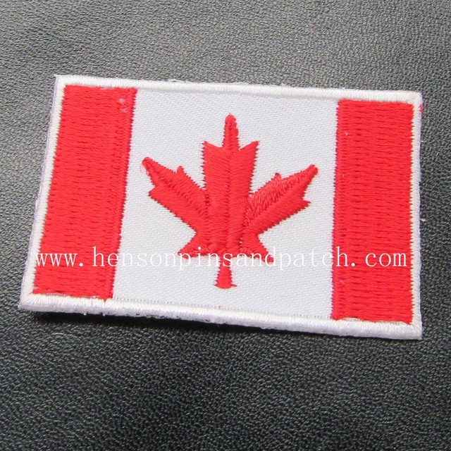 High Quality Canada National Flag Embroidery Badgecustom Cheap