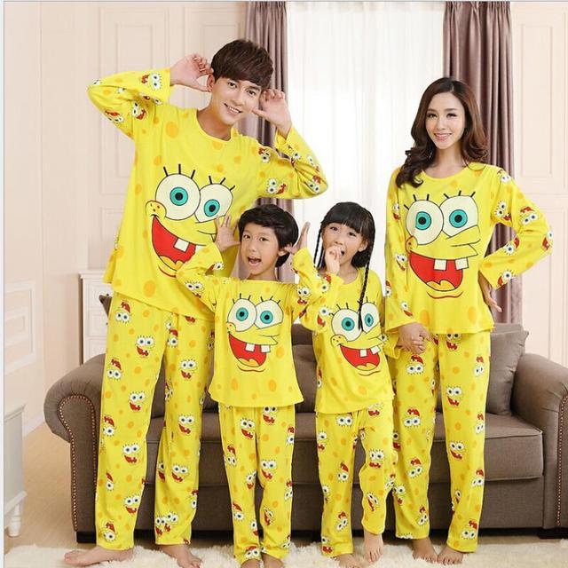 Familia Ropa A Juego Bourette Pijamas pijamas Niños Pijamas Pijamas de Dibujos Animados Bob Esponja Ropa de Los Niños Fijados Ropa de Niños