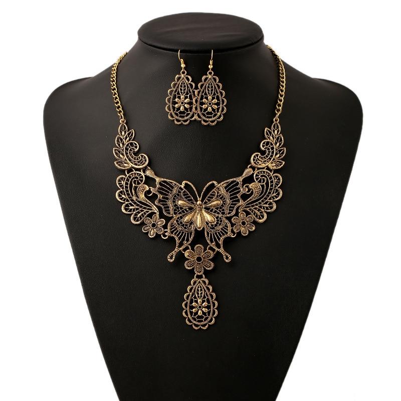 LZHLQ Vintage creux papillon tour de cou déclaration Collier femmes 4 couleurs en alliage de Zinc colliers pendentifs à la mode Collares Collier