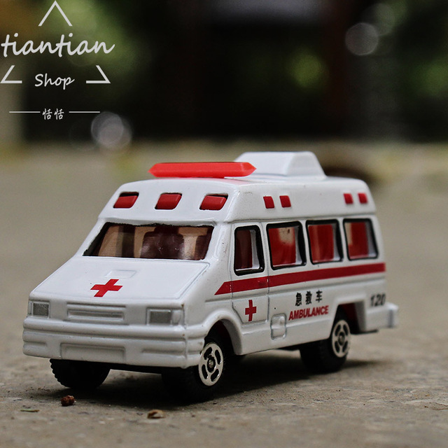1:64 Alloy car model 120 ambulance kids toys Collection Decoration metallic material Gifts that children like