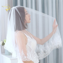 Shining Short Bridal Veils With Appliques Sequins Lace Two Layer Elbow Length Wedding Vintage Womens accessories