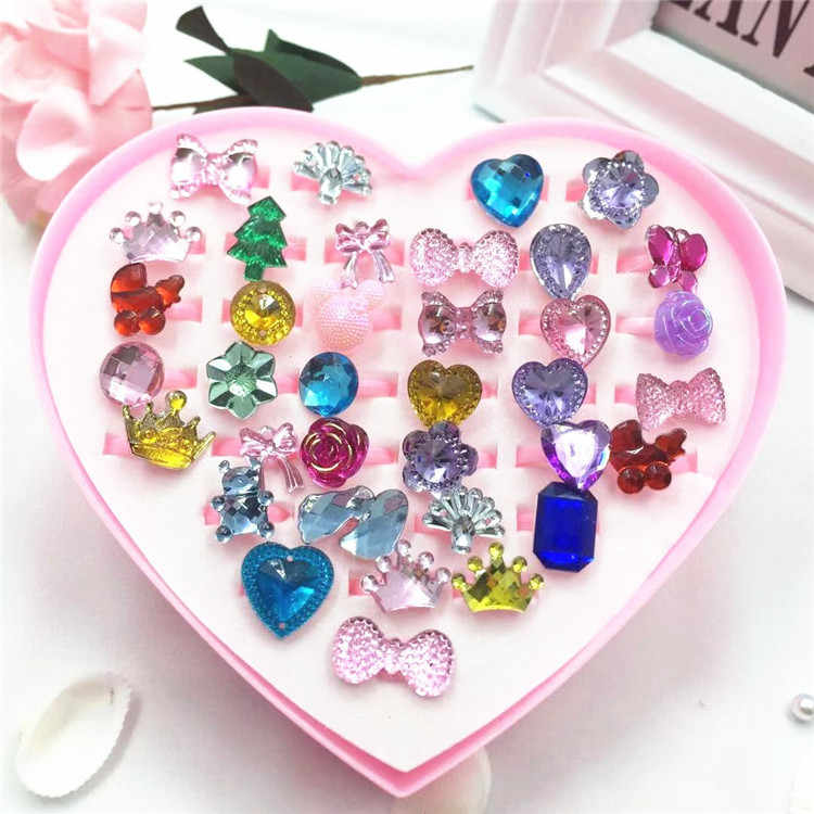 36pcs Mini Cartoon Candy Flower Kindergarten Little Girl Plastic Ring Set Pretend Play Beauty Fashion Toys Birthday Party Gifts