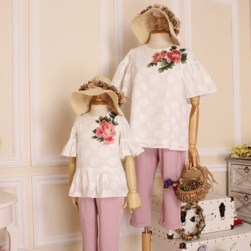 children clothes women kids girls family matching mother daughter clothes embroidery big flower shirt pants travel leisure suit