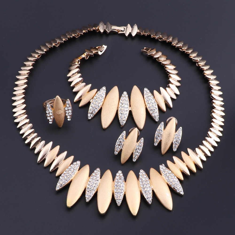 Золото Цвет комплекты украшений для женщин свадебные Дубай, Африканский стиль бусины комплект ювелирных изделий Цепочки и ожерелья серьги, браслет, кольцо комплект украшений