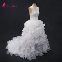 Luxury Bridal Wedding Dresses Scoop Neck Ruffles Organza Chapel Train Custom With Beading Lace Ball Gown