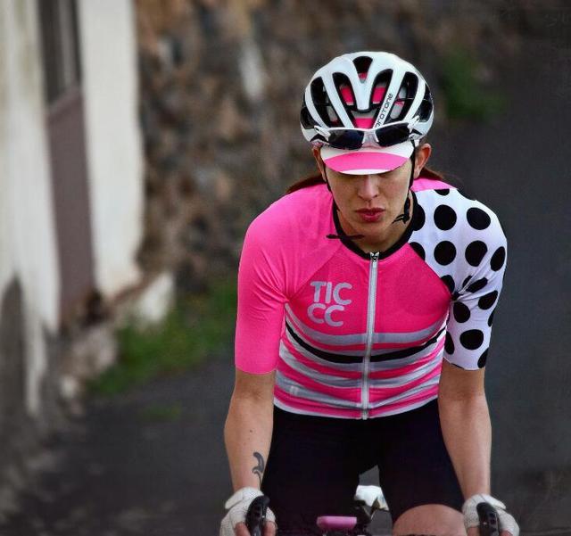נשים קיץ רכיבה על אופניים ג 'רזי חולצות קצר שרוול Ropa Ciclismo כביש אופני ג' רזי MTB רכיבה על אופניים בגדי ג 'רזי רק