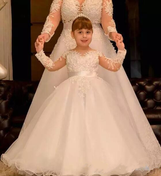 Long Sleeves Luxury Flower Girl Dresses for Wedding Sheer Neck Lace Pearls Backless Kids First Communion Dress Any Size backless lace short cocktail dress with sleeves