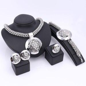 Image 2 - האחרון יוקרה גדול דובאי כסף מצופה תכשיטי סטי אופנה ניגרי חרוזים אפריקאים תלבושות שרשרת צמיד עגיל טבעת