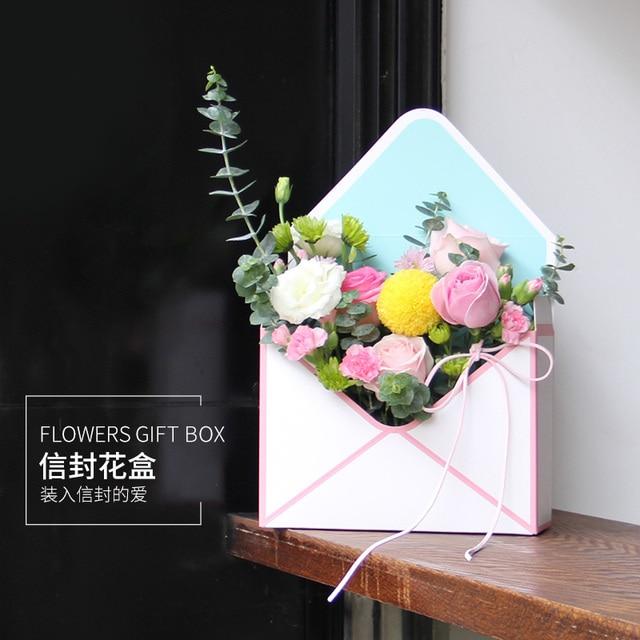 5pcs Fresh Flower Packing Pink Gift Box Hand Holding Envelope Flower