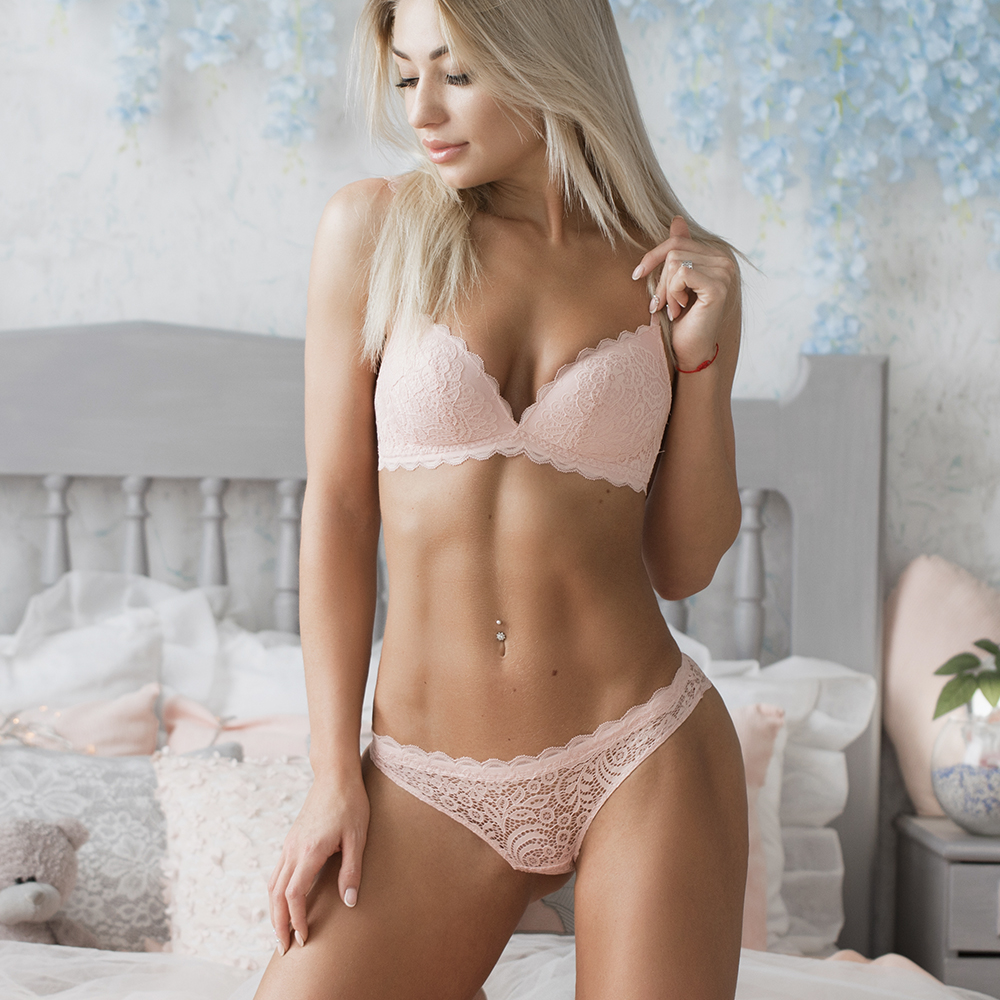 VS brand 2019 NEW Sexy Intimates Bra Set wire free Underwear Lace Lingerie Push Up bralette Comfortable Bra and panty Sets lingerie top