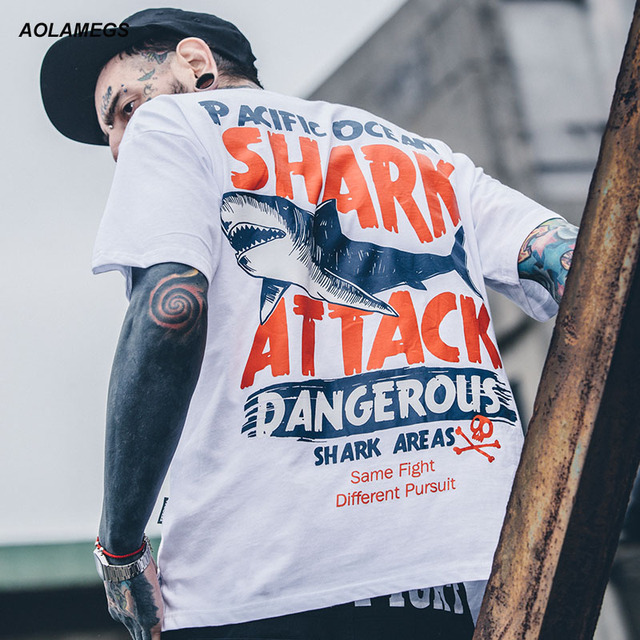 Aolamegs T-shirt Men Dangerous Big Shark Printed Short Sleeve Tee shirt Fashion Street Hip Hop Creative Tops Couples T shirts