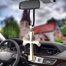 купить Car Pendant Jesus Crucifix Cross Fashion Ornaments Charms Rearview Mirror Decoration Hanging Auto Decor Car Accessories Gifts по цене 256.62 рублей