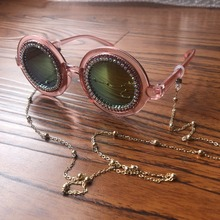 Fashion Pink Round Women Sunglasses Gold Diamond Silver Bead Chain Neck Rope Mirror Female Eyeglass Shades Sun Glasses Gafas de