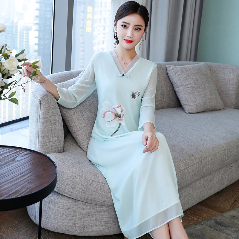 2019 Ao Dai Satin Lace Vietnam Clothing Vietnam Traditional Dress Arrival Flower Print V Neck Vietnam Aodai Cheongsam