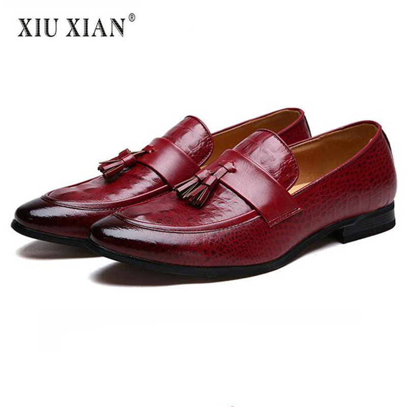 Top Quality Patent Leather Shallow Pointed Toe Men Casual Business Shoes 2018 Spring New Hot Sale Fashion Tassel Comfort Loafers hot sale mens italian style flat shoes genuine leather handmade men casual flats top quality oxford shoes men leather shoes