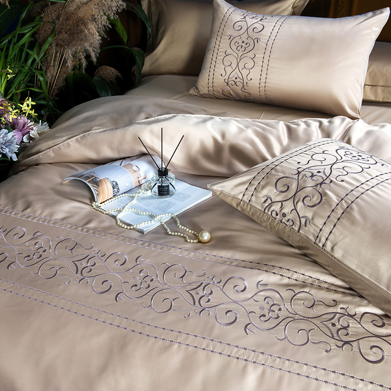 (5)  White silver cotton imitate silk luxurious Bedding Set queen king measurement mattress set Bedsheets linen Europe embroidery Quilt cowl set HTB14kdqpf9TBuNjy0Fcq6zeiFXav