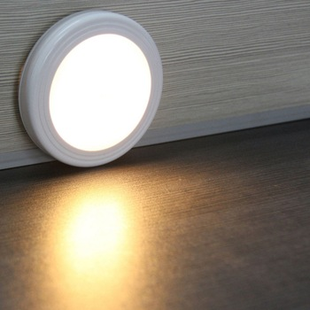 New PIR Motion Sensor LED Night Light Wireless Detector Wall Lamp Light Auto On / Off Closet Battery Power LED Indoor Wall Lamps