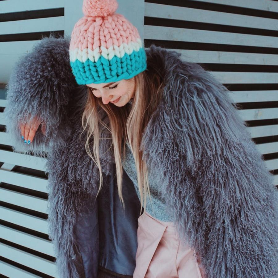 Women Sheepskin Coats Real Fur Short Jacket Fur Lamb Fur Coat Genuine Sheep Fur Coat Lamb 60 CM