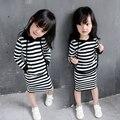Детская одежда и обувь Новорожденных девочек полосатый 2 шт. комплект одежды с длинным рукавом с капюшоном рубашка + полосатый юбка дети модная одежда