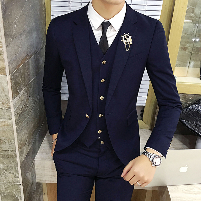 e07d39e48b 2017 new suit men s three sets of Korean style casual British small suit