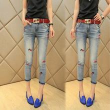 Бесплатная доставка джинсы 2017 новых весной и летом новый Женщин Корейской моды волновые модели были тонкие брюки карандаш джинсы w259