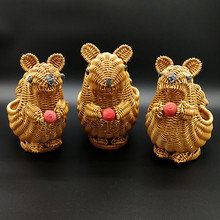Hand-Woven Cute Squirrel Storage Basket Rattan Kitchen Hotel Restaurant Picnic Fruit Bread Snack