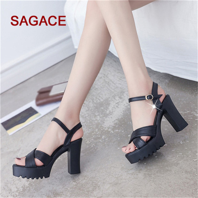 B-2019 SAGACE Fashion Women Beaded Sandals Summer Shoes Party Sexy Pearl Flat Bottom Sandals 1