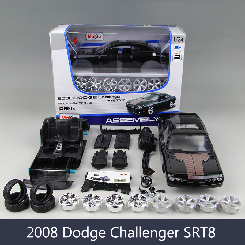 1:24 Model Car DG Challenger SRT8 Muscle Cars 1:24 Alloy Car Metal Vehicle Collectible Models toys For Gift