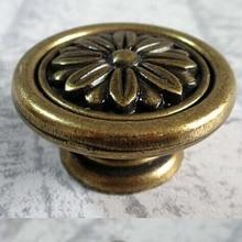 Antique brass Kitchen Cabinet door Knob handle Bronze Drawer Dresser Cupboard Door Pull vintage furniture hardware