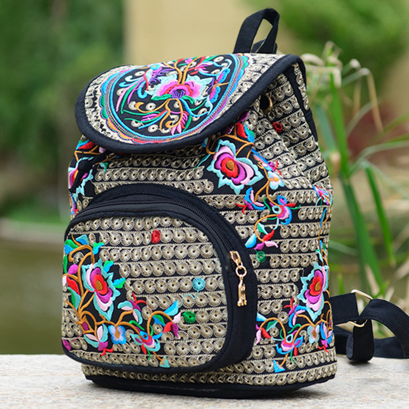 2019 New National Trend Canvas Embroidery Ethnic Backpack New Design Chinese Women's Embroidered Floral Print Backpack Mochila