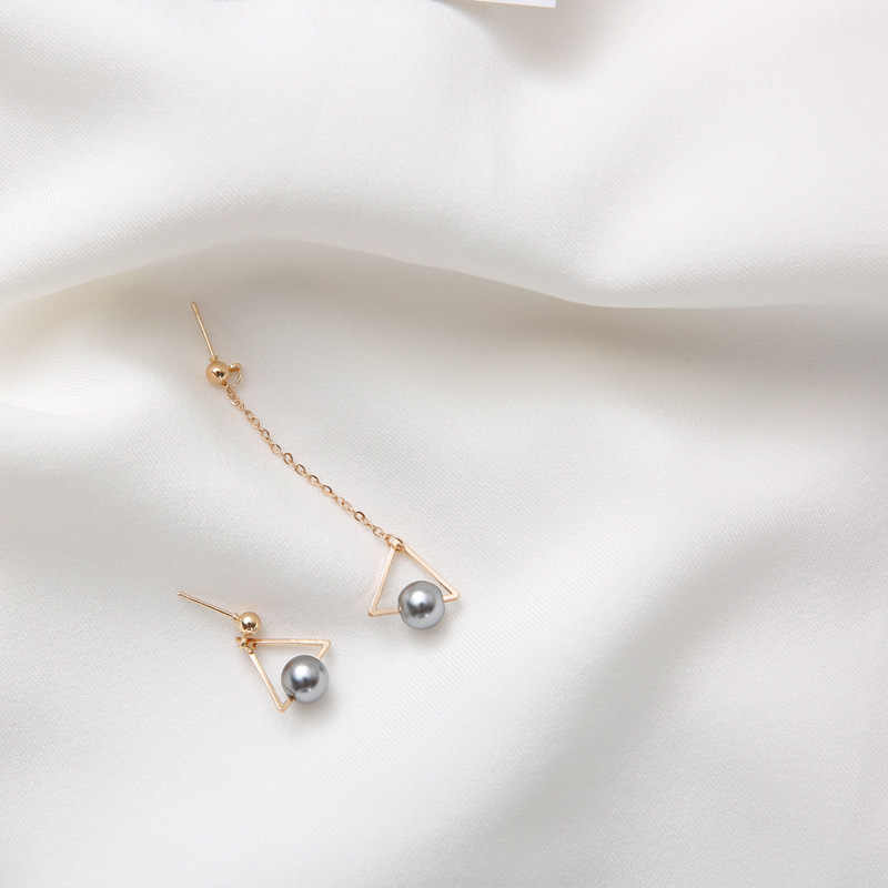 New Trendy Fashion Asymmetric Long Chain Simulated Gray Pearl Geometric Triangle Drop Girls Earrings For Women Jewelry Gifts