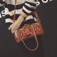Luxus Designer Handtaschen Frauen Messenger Crossbody Umhängetaschen Clutch Kleine PU Leder Rot Bolsa Bolsas Femininas 2017