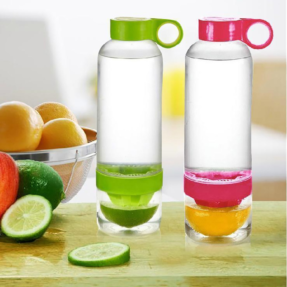 все цены на New Arrival Fruit Juicer Cup Water Bottle Infuser Fresh Lemon Juicer Squeezer Drinkware Camping Sports Water Bottle онлайн