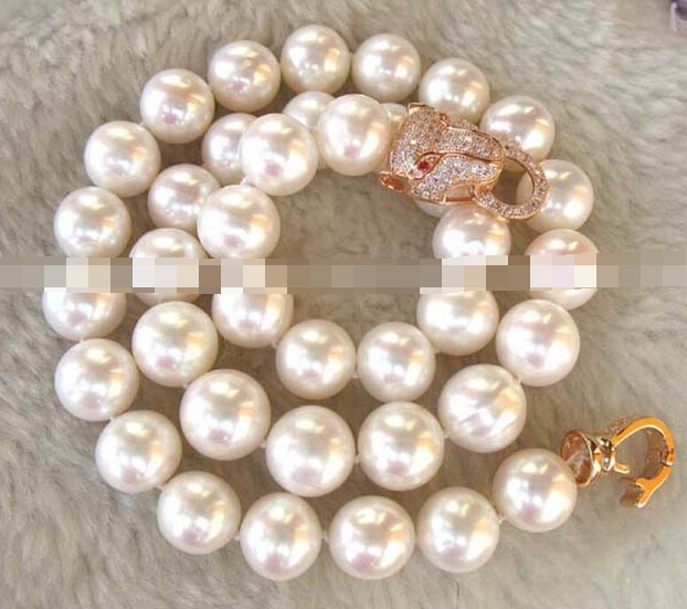 Free Shipping freshwater pearl white AA round leopard necklace 18