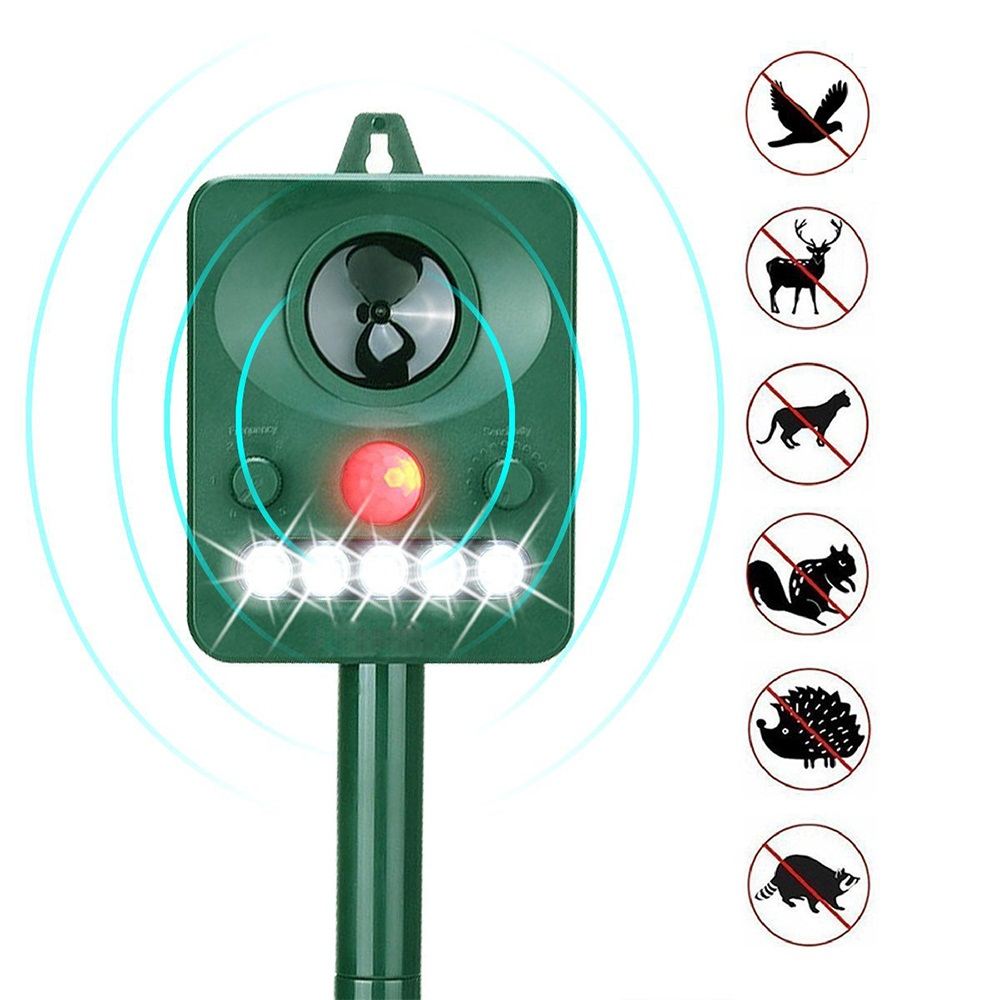 Rechargeable Solar Powered Ultrasonic Pest Animal Reject Outdoor Garden PIR Motion Sensor Pest Control Animal Pest Repellent