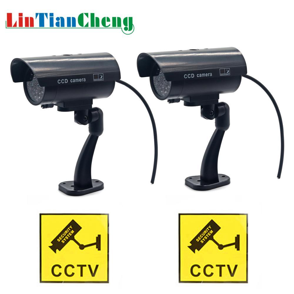 Güvenlik ve Koruma'ten Gözetim Kameraları'de LINTIANCHENG Için yanıp sönen LED Işıklar Ile 2 pcs Kukla Kamera Güvenlik Su Geçirmez Ev Sahte Kamera Açık CCTV Gözetim