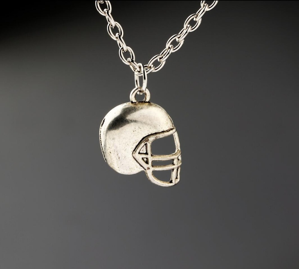 American Football Sports Ball Rugby Helmet Necklaces Vintage Alloy Jewelry Antique Silver Pendant Necklace Charms New 1PCS