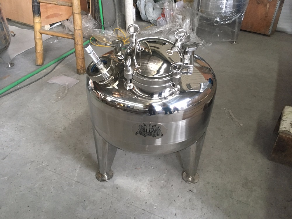 Nouveau type adapté aux besoins du client chaudière de la couche 150L, acier inoxydable de réservoir de distillateur 304.