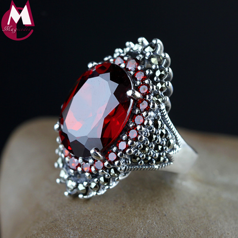 Luxury 18 14 Big Gemstone Jewelry Natural Red Garnet Wedding Ring For Women Punk Party Engagement
