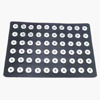 LUWELLEVER DIY Jewelry 60pcs PU Leather 18mm Metal Snap Button Display Board Watches Women One Direction