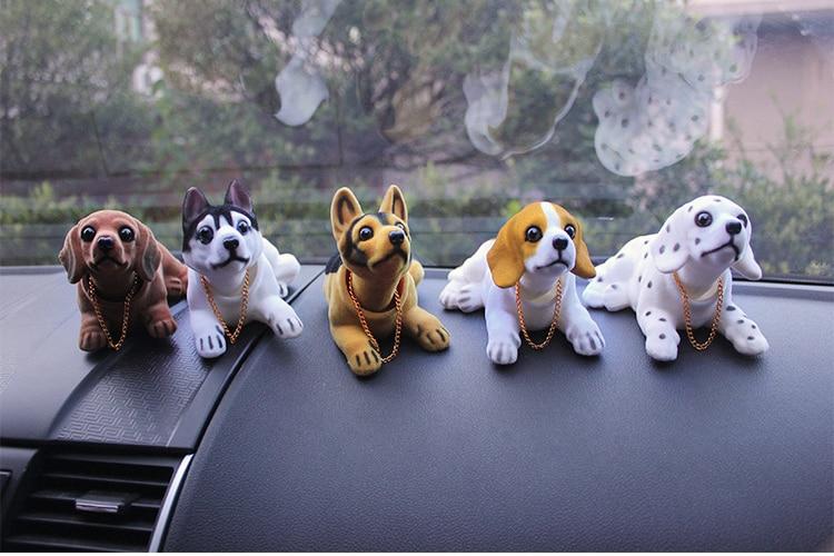New product car cute bobblehead dog doll car nodding dog shaking dog for car decorations furnishing